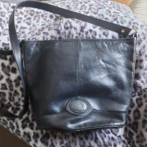 90's shoulder/crossbody leather bag